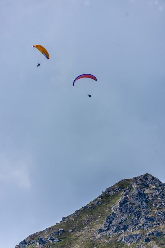 paragliders in New Zealand