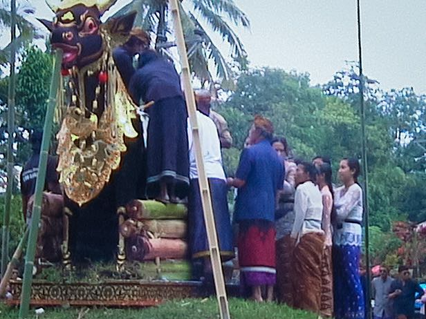 Preparations at Bali cremation ceremony.