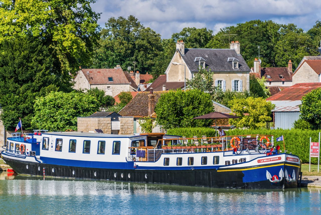 luxury barge cruise down the Burgundy Canal in France
