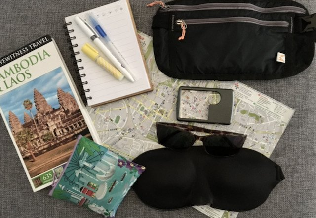 travel accessories for travel writers